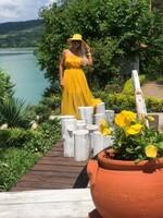 Тюлена рокля в жълто