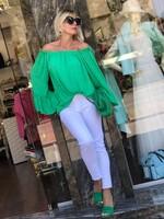 Зелена риза с перли