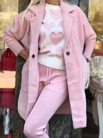 Комплект в розово на сърца