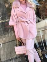 Кашмирена жилетка в розово с яка от естествен косъм