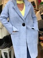 Жилетка в светло синьо с копче