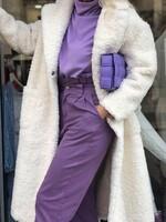Палто от естествена агнешка вълна в бяло
