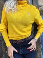 Поло лукс в жълто