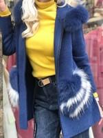Жиелетка в синьо с естествен косъм