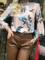 Риза в цвят пудра с флорални мотиви