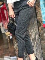 Тъмно сив панталон с бляскав кант