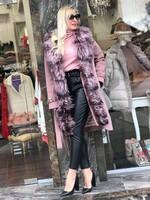 Палто в розово с естествен косъм