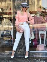 Блуза в кремав цвят с интересни ръкави
