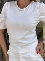 Блуза с перли в бяло