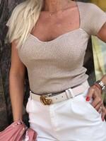 Блуза от фино плетиво в беж