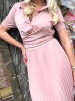 Сатенирана рокля солей в перлено розов цвят
