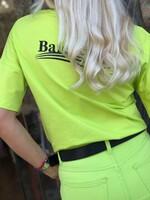 Тениска в неоново зелено