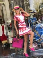 Къса рокля с цикламени орнаменти