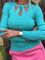 Блуза с ажурно деколте 1