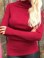 Памучно поло в цвят бордо