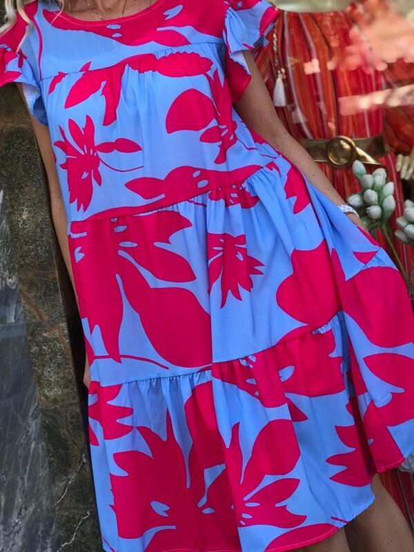 Свободна рокля в свежи цветове