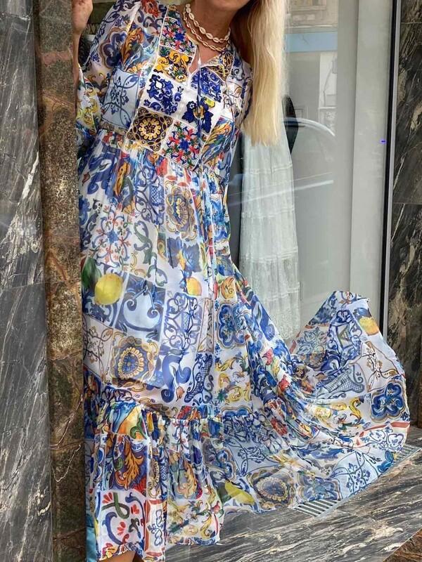 Дълга рокля от копринена материя