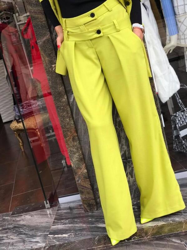 Панталон в неонов цвят