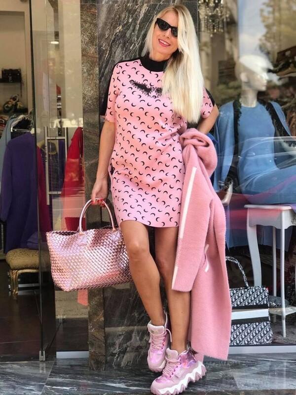 Неопренена рокля в розово