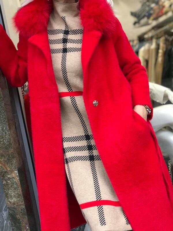 Кашмирено палто в червено