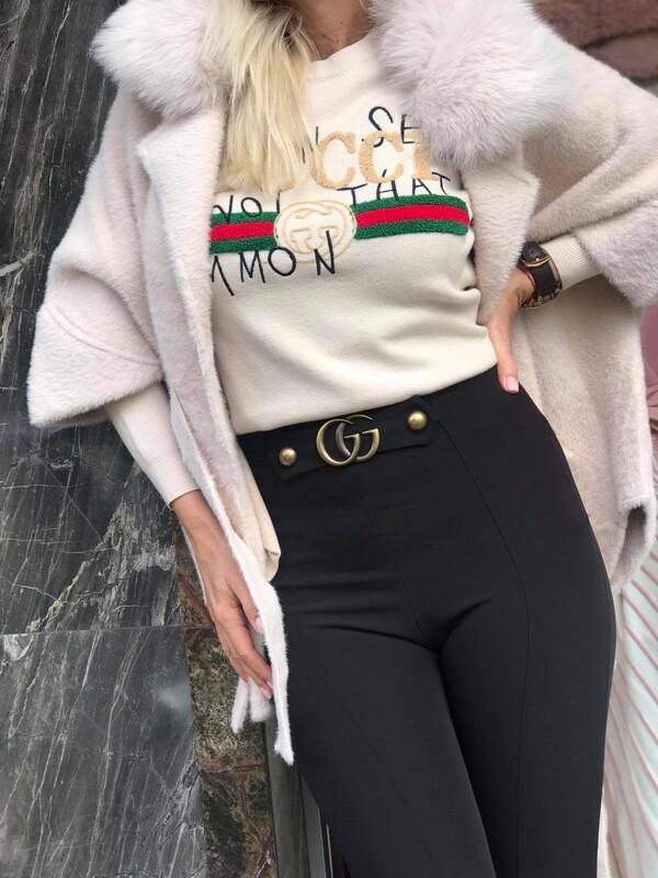 Панталон в черно с висока талия