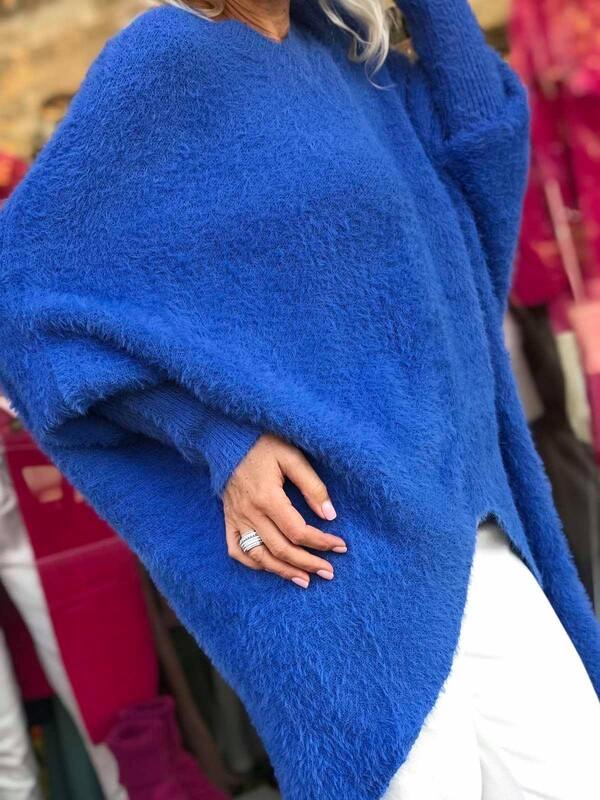 Асиметрична туника в наситено синьо