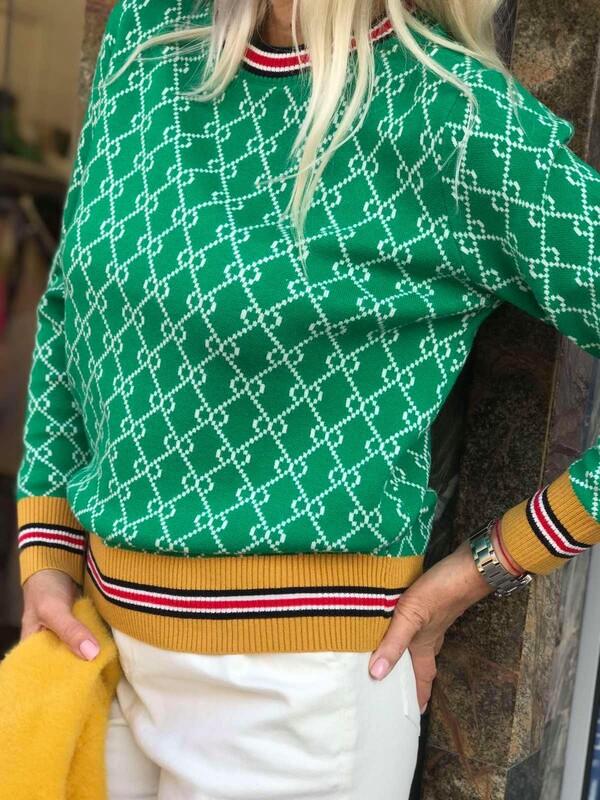 Кариран пуловер в зелено
