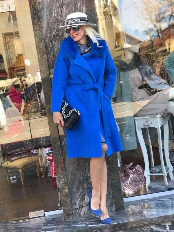 Кашмирено палто в синьо