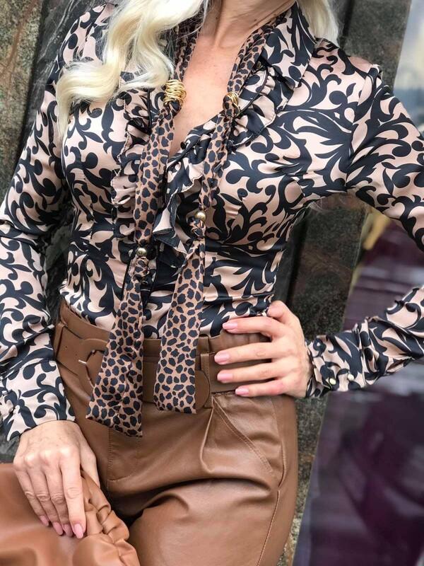 Сатенена риза с орнаменти