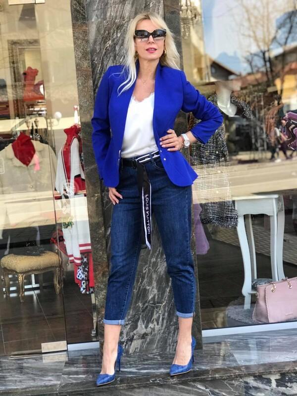 Сако в син цвят