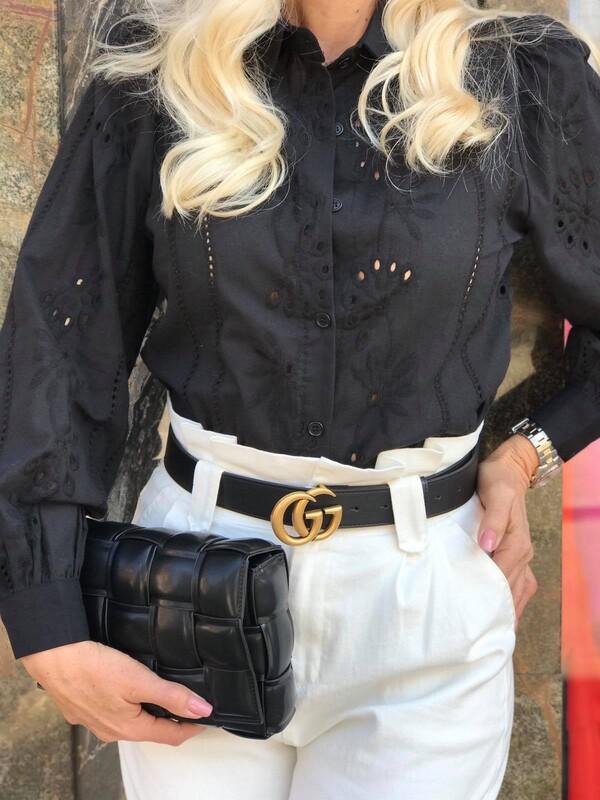 Бродирана памучна риза в черно