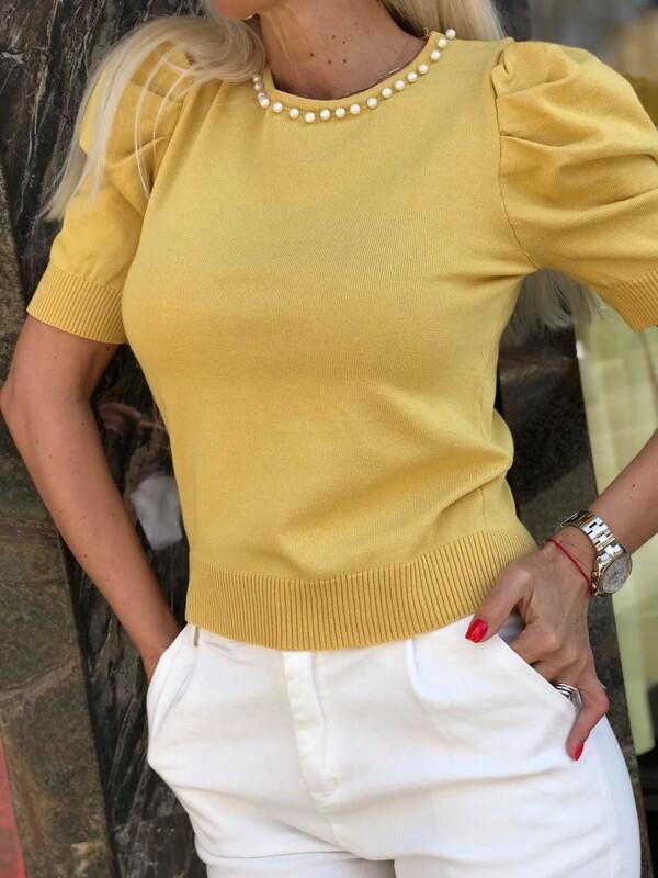 Блуза с перли в жълто