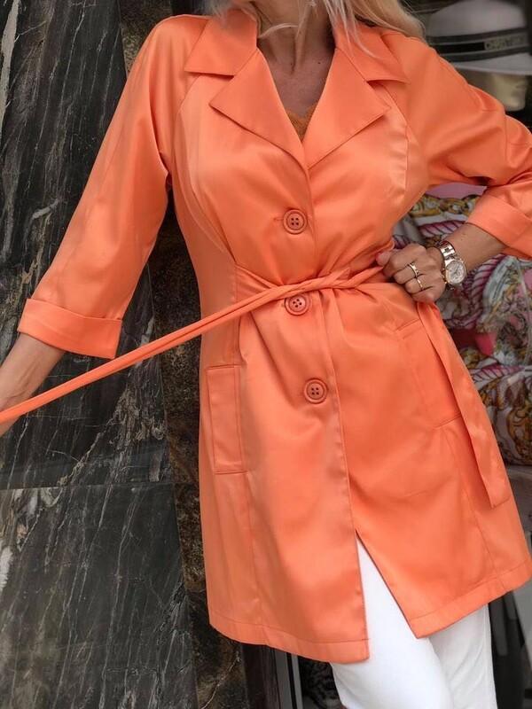 Тренч в оранжево