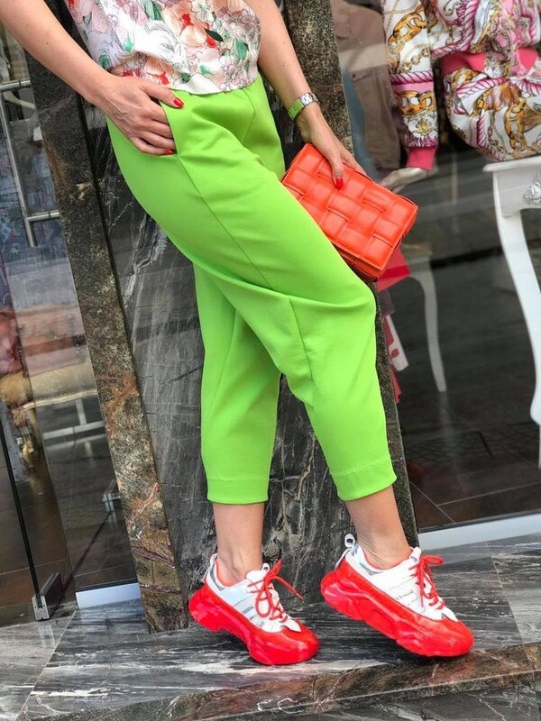 Кежуал панталон в зелено