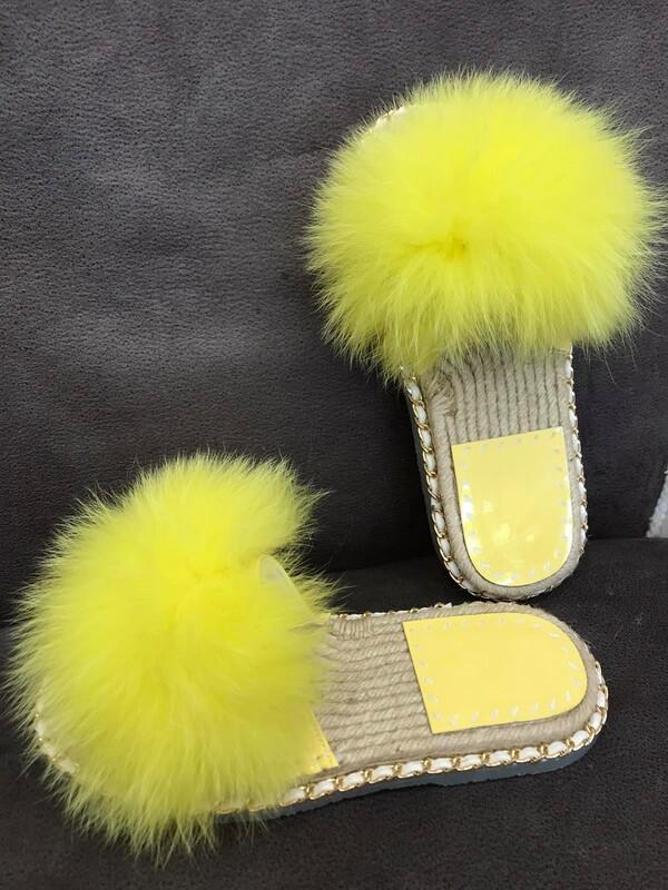 Чехли с естествен косъм в жълто