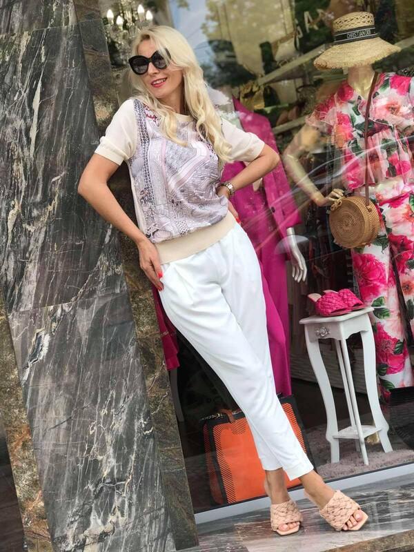 Блуза в беж с плетиво на ръкава и гърба