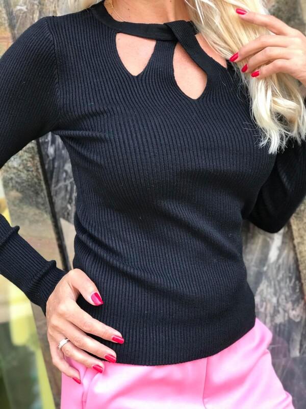 Блуза с ажурно деколте 4